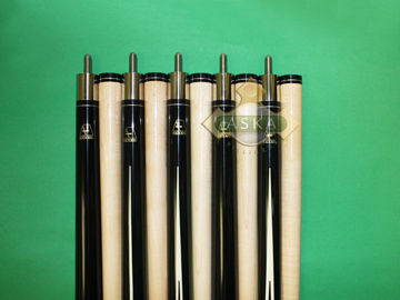 Aska Black Set of 5 pool cue sticks