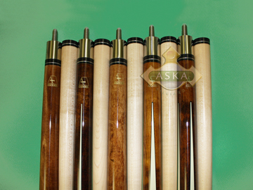Aska Brown Set of 5 pool cue sticks