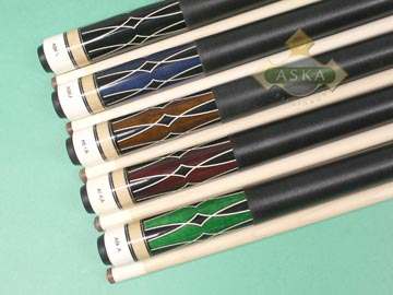 Aska L17 5 pool cue sticks