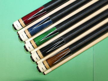 Aska L4 5 pool cue sticks