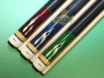 Aska L8 3 pool cue sticks
