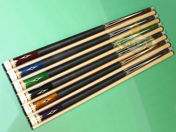 Aska L8 6 pool cue sticks