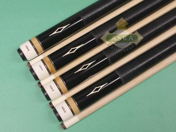Aska L8 Black 4 pool cue sticks