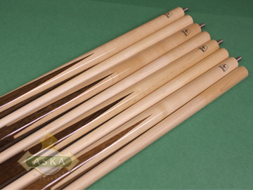 Aska Sneaky Pete SP5 4 pool cue sticks